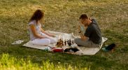 Кто ж знал, что она так здорово в шахматы играет!