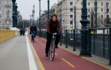 Будапешт. Раздельное перемещение пеше-, вело- и автолюдей. Январь