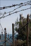 Крым. Ласточкино гнездо. Колючее отражение общественно-политических отношений на Украине