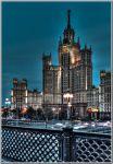 Москва. Высотный дом на Котельнической набережной ночью