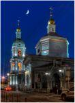 Москва. Церковь живоначальной Троицы в Старых серебрянниках ночью
