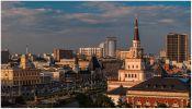 Москва. Площадь трех вокзалов: Ленинградский, Ярославский и Казанский.