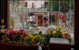 Баку. Сувенирная улица из кафе