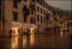 Котор. Старый город. Вечер. Дождь