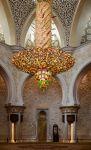 Абу-Даби. В мечети шейха Зайда. Люстра итальянского стекла