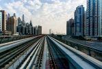 Дубай. Из лобового окна метропоезда.